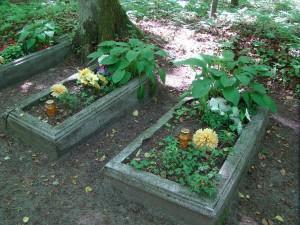Cmentarz na terenie kwatery01